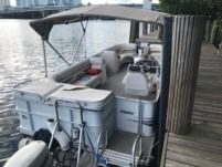 Crest Pontoon in North Miami Beach for rental