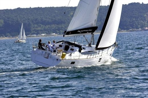 Sailboat Elan 444 for hire