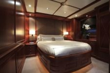 Motorboat M/y Benetti 120 for rental