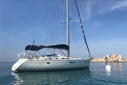 Hire Sailboat BENETEAU OCEANIS 423 CLIPPER Porto-Vecchio