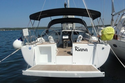 Location Voilier Hanse Yachting Sailboat 385 Pula