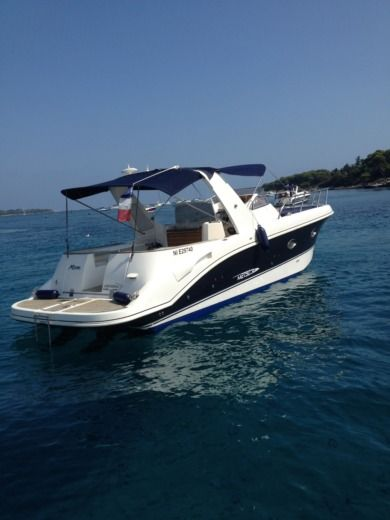 Mano Marine EFB in Mandelieu-la-Napoule for hire