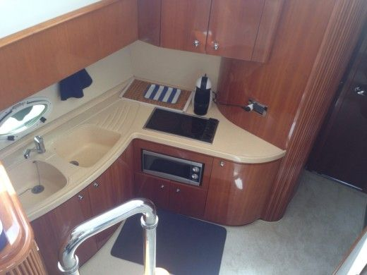 Motorboat AZIMUT AZIMUT 42 peer-to-peer
