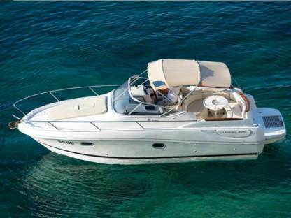 Rental Motorboat Jeanneau Leader 805 Hyères