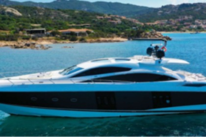 Location Yacht Sunseeker 82 Predator Lavagna