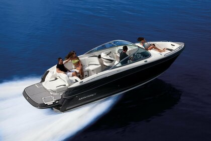 Hire Motorboat Monterey 264 FS Cala d'Or