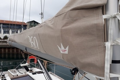 Hire Sailboat Dufour 360 Grand Large Hendaye