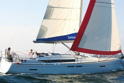 Charter Sailboat Sunsail 41 Piraeus