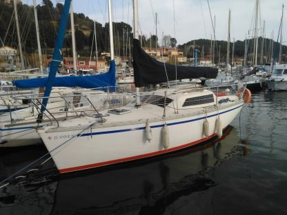 Rental Sailboat Jeanneau Flirt Dl La Rochelle