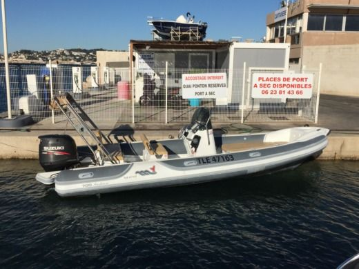 MOTO NAUTICA Vesuviana 700 FASHION in Marseille for hire
