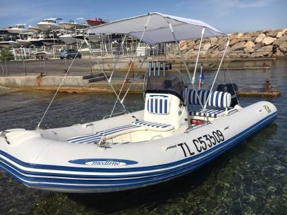 Rental RIB Zodiac Medline 2 Compact Marseille