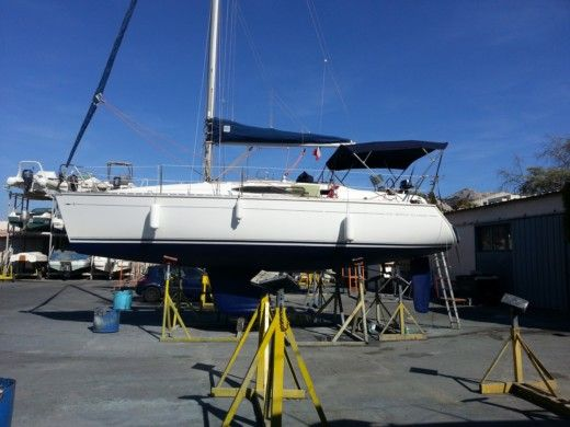Sailboat JEANNEAU SUN ODYSSEY 32.2 peer-to-peer