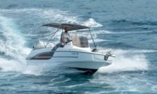 Beneteau Flyer 6.6 Spacedeck in Trogir for hire