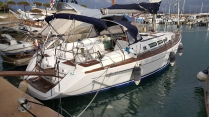 Charter Sailboat Jeanneau Sun Odyssey 45 Aeolian Islands