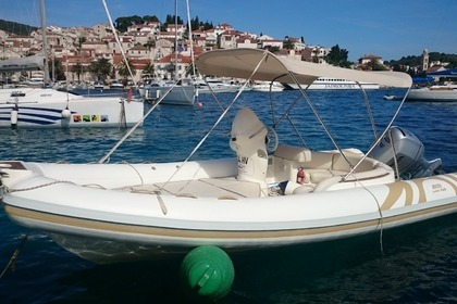Hire RIB Joker Wide 620 Hvar