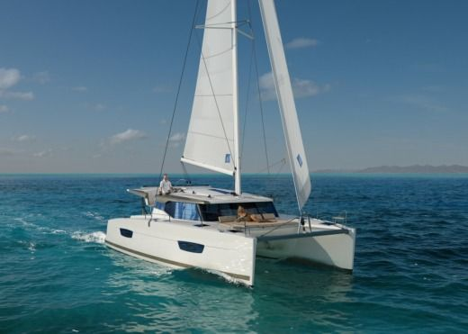 Fountaine Pajot Lucia 40 in Split