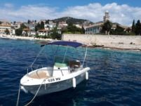 Fisher 17 in Hvar for hire