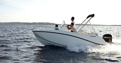 Charter Motorboat Quicksilver Activ 455 Dienville