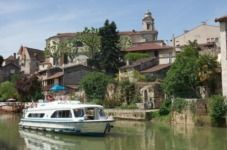 Charter houseboat in Castelnaudary