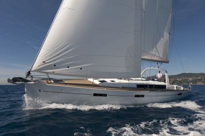 Rental Sailboat Oceanis 45 Fezzano