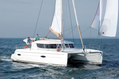 Rental Catamaran Fountaine Pajot Lipari 41 Evolution Cogolin