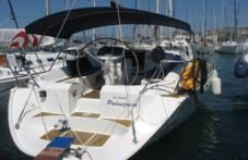 Jeanneau Sun Odyssey 42.2 Exclusive in Trogir for hire