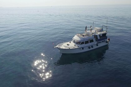 Charter Motorboat King yacht Trawler Cavalaire-sur-Mer