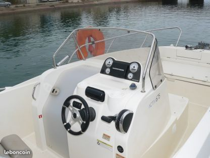 Miete Motorboot Quicksilver Activ 675 Vendres
