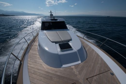 Monachus Yachts Issa 45 in Stobreč for hire