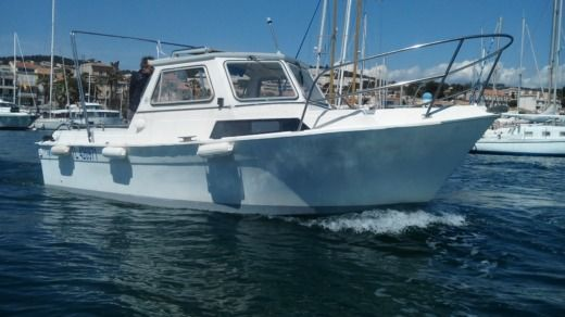 CNM Cap Martin 6.70 in Bandol for hire
