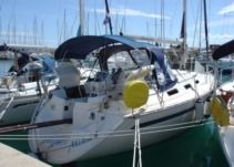 Sailboat Bavaria Bavaria 35 Holiday for rental
