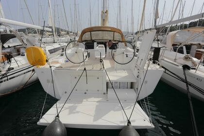 Charter Sailboat Dufour 45 Valletta