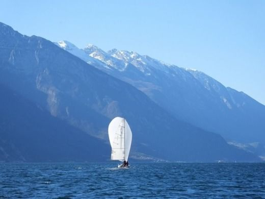 Charter sailboat in Riva del Garda peer-to-peer