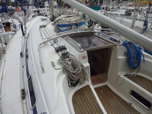 Sailboat BENETEAU BAVARIA 36 for hire