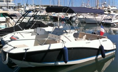 Charter Motorboat Quicksilver Open Activ 555 Cannes