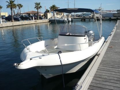 Charter Motorboat Pacific Craft 650 Pointe-a-Pitre