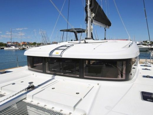 Catamaran Beneteau Lagoon 39 for rental