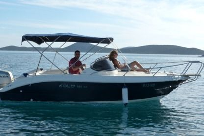 Charter Motorboat Eolo 590 Vodice