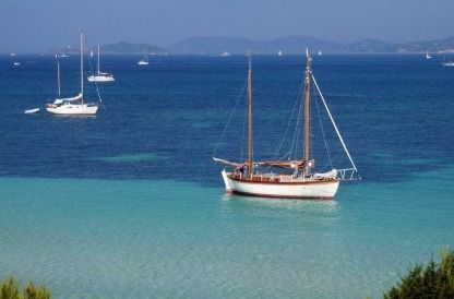 Charter Sailboat Tahiti Ketch Port-Vendres