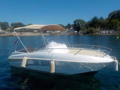 Rental Motorboat Beneteau Flyer 550 Sundeck Antibes