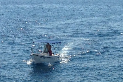 Hire Motorboat REFUL 490 Open Hvar