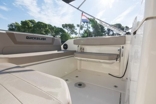 Lancha Quicksilver Activ 805 Open