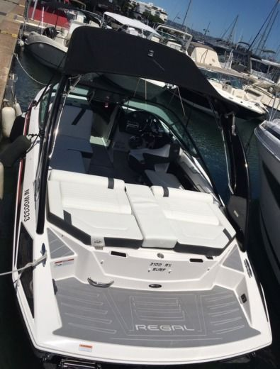 Regal 2100 RX Surf 300cv V8 in Cannes for hire