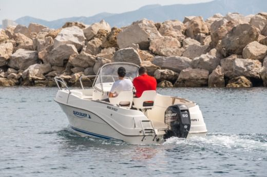 Quicksilver 525 Commander en Marsella