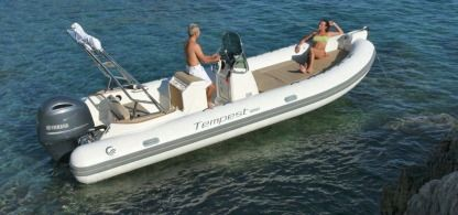 Location Semi-rigide Capelli Tempest 650 Saint-Laurent-du-Var
