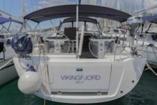 Rental Sailboat Bavaria 46 Vision Seget Donji