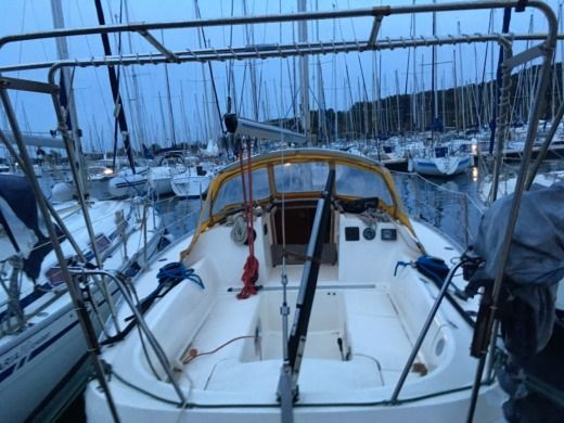 Charter Sailboat Jeanneau Attalia 32 Six-Fours-les-Plages