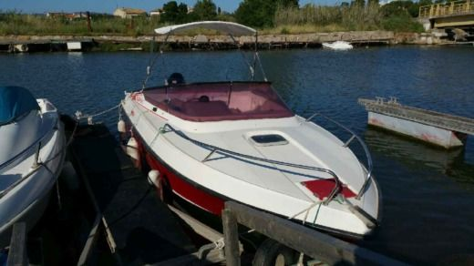 Motorboat Ocqueteau Boxer 54 for hire
