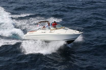 Charter Motorboat Jeanneau 2004 Cavalaire-sur-Mer