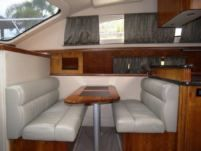 Motorboat Sea Ray Yatch 405 for hire